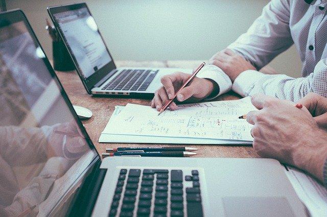 Doradca od kredytów - kiedy może okazać się pomocny?
