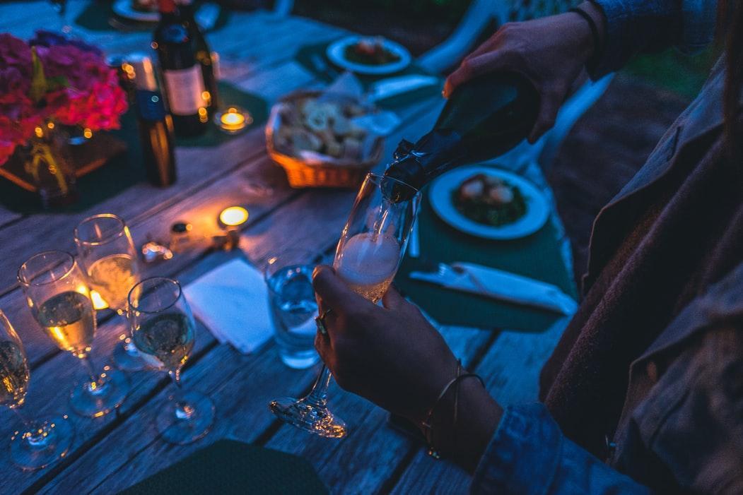 Imprezy firmowe - wszystko, co musisz wiedzieć