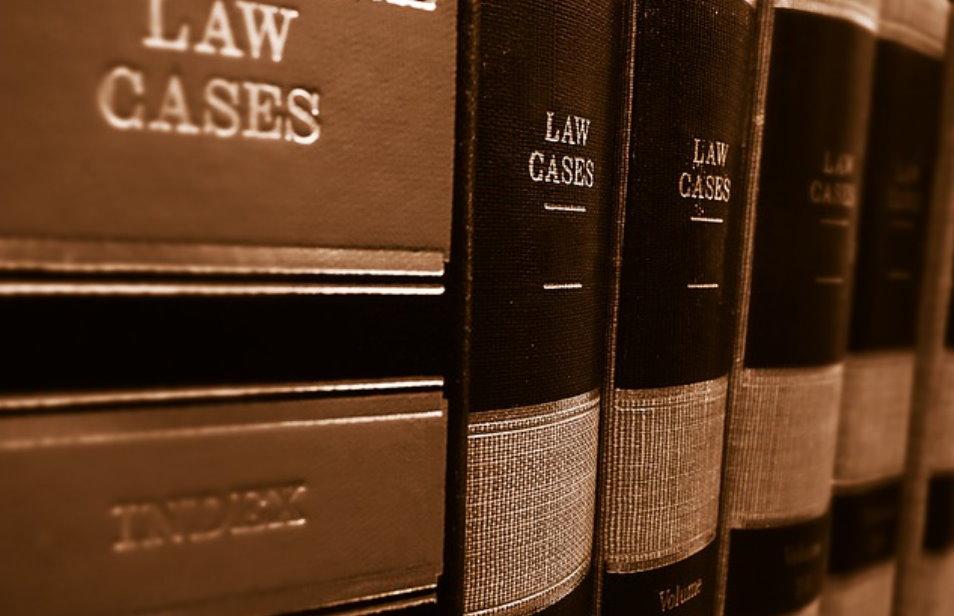Czym kierować się w wyborze odpowiedniej kancelarii prawnej?